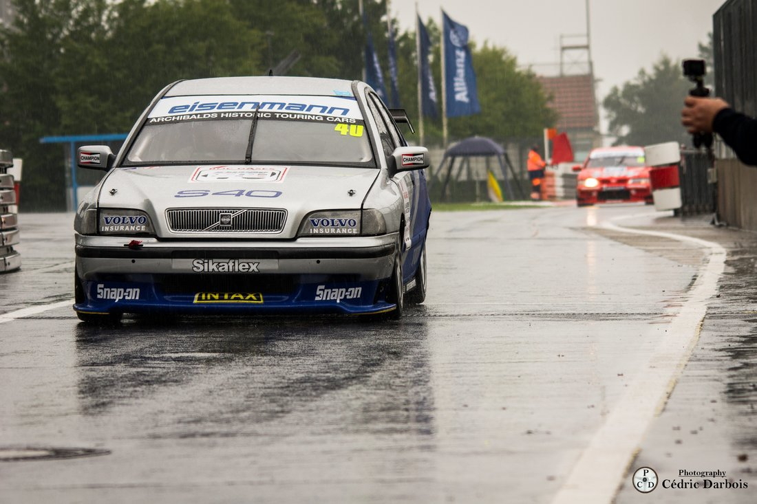 Lindsay O`Donnell / Volvo S 40 STW